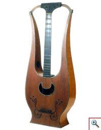 Lira-Guitarra 'Fabricatore' (Museu da Música, Inv. n.º MM 309)